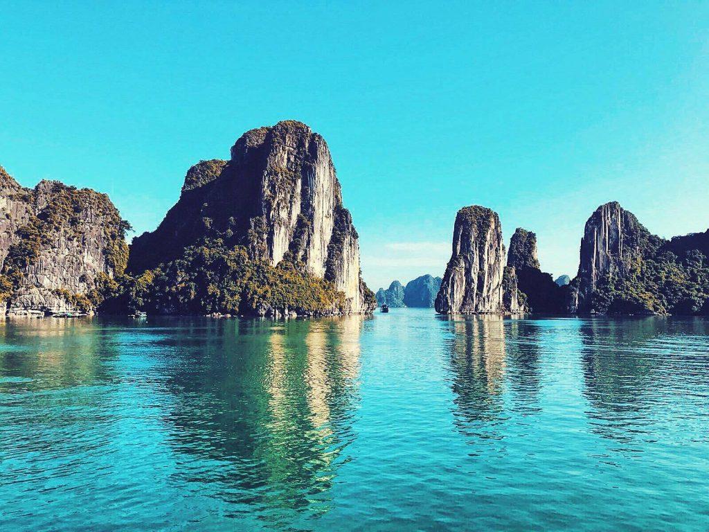 Visit Ha Long Bay, Vietnam