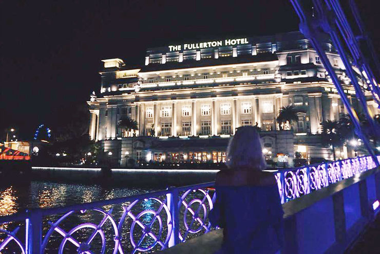 Explore Singapore with Girl Going Global | Fullerton Hotel