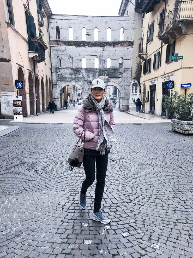 Wandering the streets of Verona with Girl Going Global