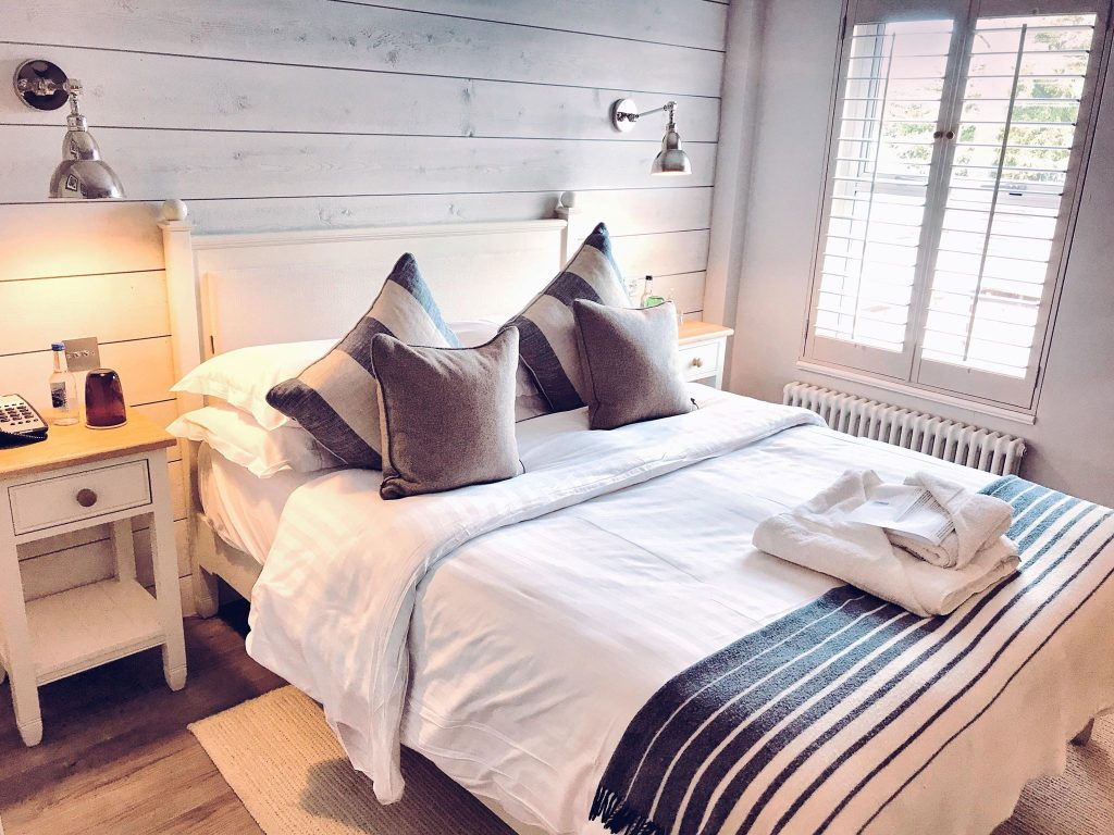A Riverside Rest in The New Forest: Master Builder's House Hotel, Bedroom