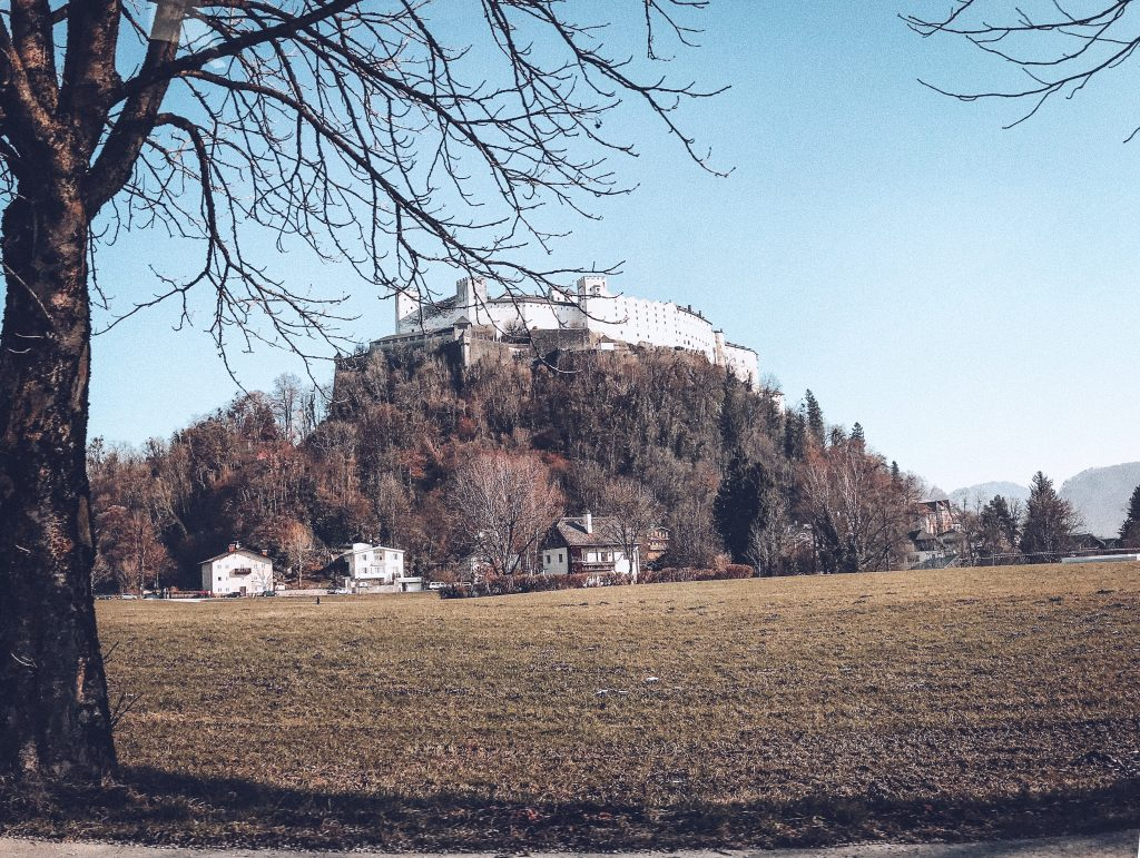 The Morgerhof, Salzburg - a beautiful holiday house with 5 bedrooms and a spa, just a short drive away from Salzburg.